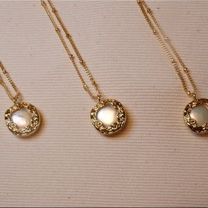 Jewelry - Baroque Fresh Water Pearl Gold Necklace